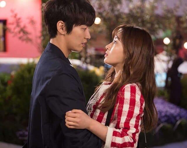 韓国ドラマ『恋するシャイニング★スター ~気になる彼は星いくつ!?~』のあらすじ